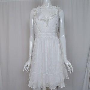 Julia Jordan Gauzy White Sleeveless Dress V-Neck